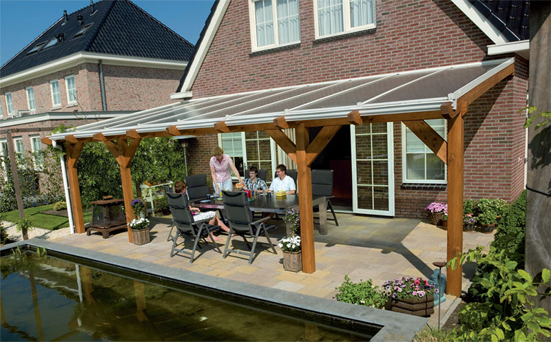 V randa profil sur bois toiture bardage for Toit patio bois