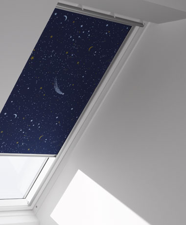 store d 39 occultation velux 78x98 bleu rubrique toiture bardage. Black Bedroom Furniture Sets. Home Design Ideas