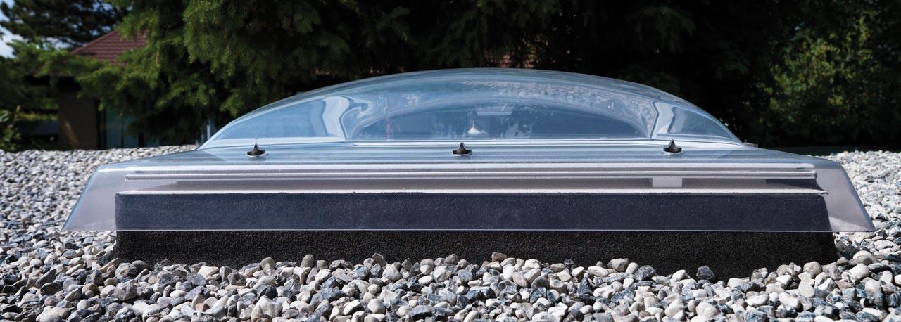 Coupole 90x90 dble vitr isol fixe 73q rubrique toiture - Fenetre de toit plat velux ...
